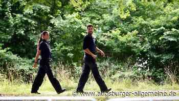 84-Jährige von Anhalter ausgeraubt: Polizei sucht Zeugen - Augsburger Allgemeine