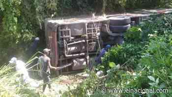 16 heridos tras volcamiento de un Transmiranda en la carretera Caucagua-Higuerote - El Nacional