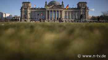 Bedenken nach Kapitolstürmung: Schäuble prüft Folgen für den Bundestag