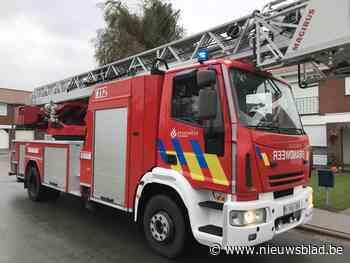 Brandweer kan schouwbrand vlakbij snel blussen (Kortemark) - Het Nieuwsblad