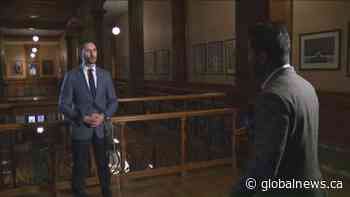 Global News speaks with Ontario education minister on e-learning extension
