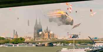 Köln: Filmproduzent lässt Autos von Severinsbrücke auf Schiff krachen - Kölner Stadt-Anzeiger