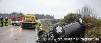 Trostberg: Unfall auf Staatsstraße 2357, Auto überschlägt sich - Traunsteiner Tagblatt
