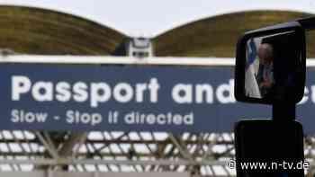 Grenzchaos auf britischer Insel: Erste Logistiker stoppen EU-Lieferungen
