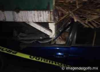 Muere pareja tras choque en Paso del Macho - Imagen del Golfo