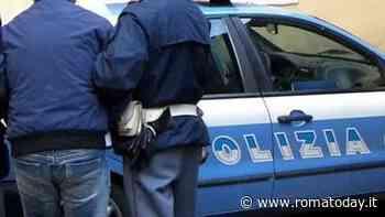 """Sorprende ladri d'auto e loro lo minacciano: """"Chiama le guardie e ti veniamo a prendere a casa"""""""