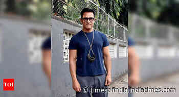 Aamir Khan gets trolled for not wearing mask
