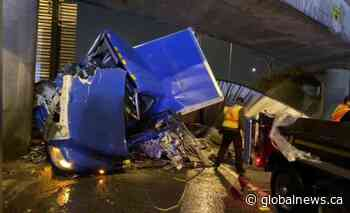 Semi-truck hits overpass at Ironworkers Bridge in North Vancouver | Watch News Videos Online - Globalnews.ca