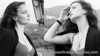 Elli AvrRam's no make-up look in these pictures winning hearts of the netizens! Check out