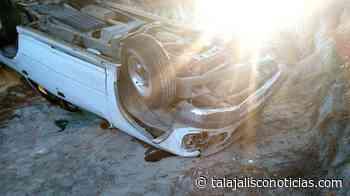 Localizan volcado un vehículo en Tala. - Tala Jalisco Noticias