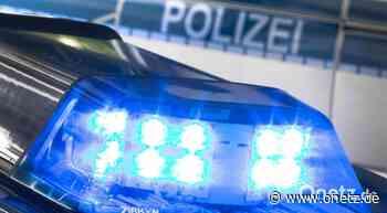 Parkstein: Autofahrer (26) nach Überschlag verletzt - Onetz.de