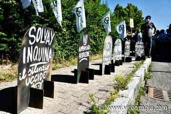 """Non solo Pfas, problemi anche nell'aria alla Solvay di Spinetta Marengo, Movimento di lotta per la salute: """"Arpa silente e inerme"""" - Vicenza Più"""