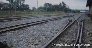 Borracho se quedó dormido en una carrilera, fue arrollado por el tren y sobrevivió - Noticias Caracol