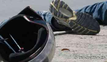 Joven pareja caldense fallece en accidente de moto - Caracol Radio