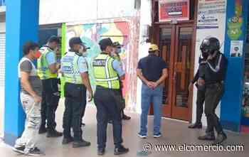 Agente de tránsito atropellado por un conductor en Machala se recupera de fractura; se busca al infractor - El Comercio (Ecuador)