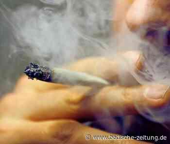 Ein Cannabis-Konsument hat fortwährend Angst vor der Polizei - Freiburg - Badische Zeitung