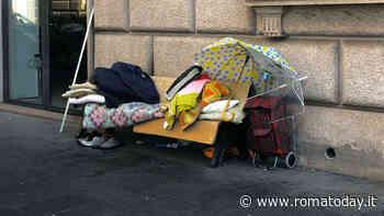 """Piazza Vittorio, 500 cittadini diffidano Virginia Raggi: """"Portici nel degrado, situazione invivibile"""""""