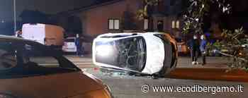 Lallio, si ribalta un'auto -Foto In ospedale un 22enne - Cronaca, Bergamo - L'Eco di Bergamo