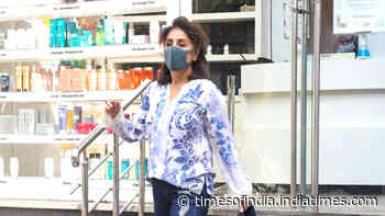 Neetu Kapoor spotted at a salon in Bandra.