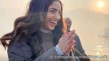 Reba Monica John enjoys a dreamy vacation in Kashmir