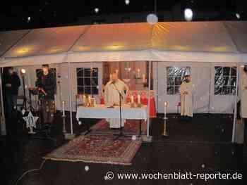 Messe an Heiligabend auf dem Marktplatz: Bännjer Christmette im Freien - Wochenblatt-Reporter