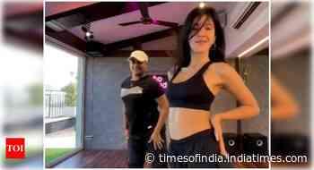 Watch: Shanaya's stunning dance moves