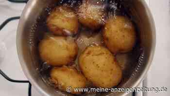 Warum Kartoffelwasser viel zu schade für den Abfluss ist: nicht weggießen!
