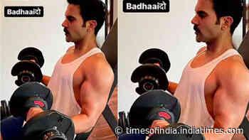Rajkummar Rao flaunts his beefed-up avatar for his next movie 'Badhaai Do'