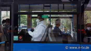 Aus Angst vor Aerosolen: Mallorca erteilt Sprechverbot in Bus und Bahn