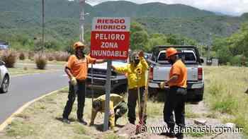 Continúan los trabajos en la vera del río El Tala - El Ancasti Editorial
