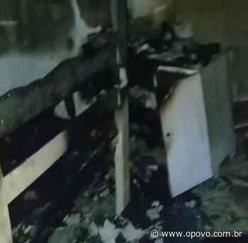 Incêndio em casa em Itaitinga danifica estrutura, móveis e eletrodomésticos; família pede ajuda - O POVO