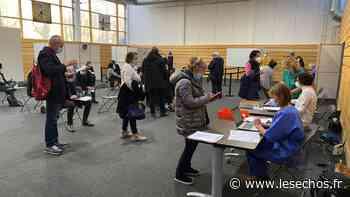 Val-d'Oise : plus de 510 professionnels de santé vaccinés à Taverny - Les Échos
