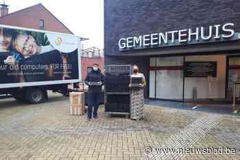 Sint-Katelijne-Waver schenkt tachtig laptops aan kansarme jongeren
