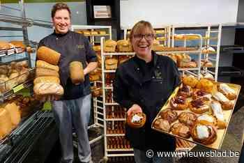Zo moeder zo zoon: bakker Jens leert stiel van bakkerin Greet