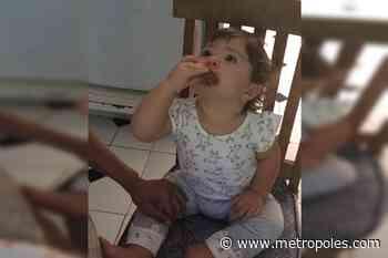 João Vitti mostra reação de Clara Maria ao comer barrinha de cereal feita por ele - Metrópoles