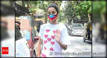 Pics: Ananya Panday attends her yoga class