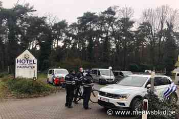 Politie controleert lockdown in Fauwater