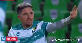 El golazo de Diego Valdés que le dio el triunfo a Santos Laguna sobre el Cruz Azul en México - BioBioChile