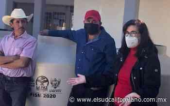 Ayuntamiento paceño entrega apoyos a pobladores de Los Dolores - El Sudcaliforniano