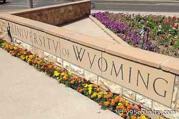 UW Prepares for the 2021 Spring Semester
