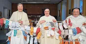 Klosterschwestern denken an die Senioren - Kloster Niederviehbach näht hunderte Schutzmasken - Straubinger Tagblatt