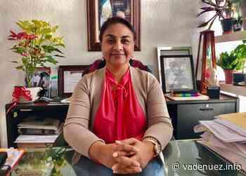 Otorgan basificación a trabajadores del Ayuntamiento de Manzanillo - Noticias Va de Nuez