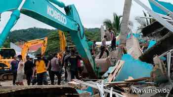 Indonesier aus Schlaf gerissen: Erdbeben fordert mindestens 35 Tote