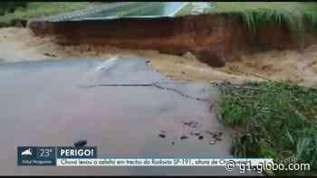 Chuva abre cratera e causa bloqueio na rodovia SP-191, em Charqueada; veja VÍDEO - G1