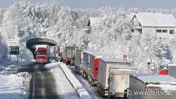 Wetterbedingte Unfälle: Schneechaos überrascht Reisende im Süden