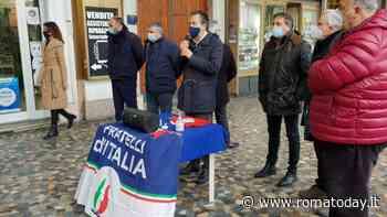"""Piazza Vittorio, dopo la diffida dei residenti non si placa la protesta: """"Ora Polizia in presidio permanente"""""""