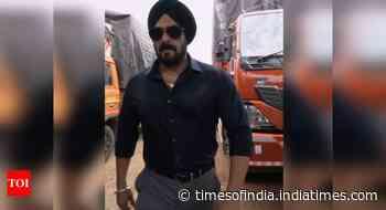Salman Khan shoots 'Antim' in a bio bubble