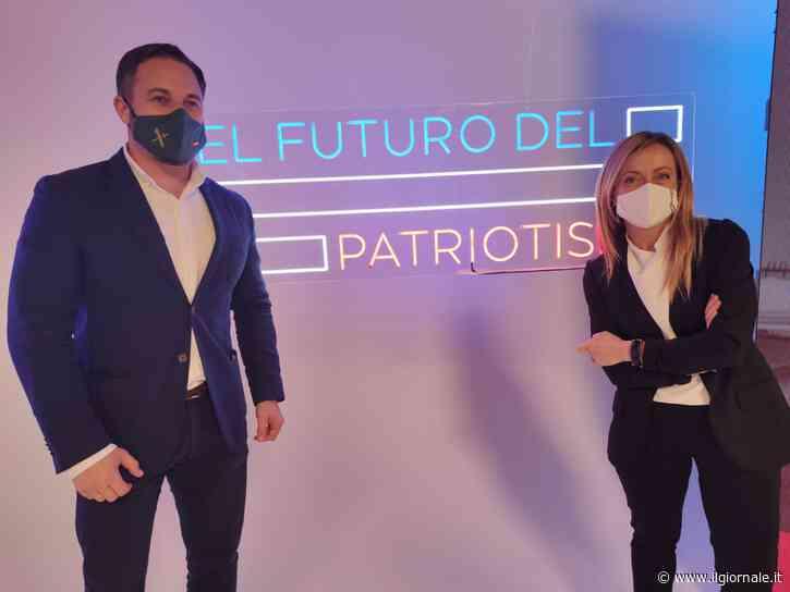 """""""Il futuro è dei patrioti"""": Meloni tuona contro Big Tech e """"potentati"""""""