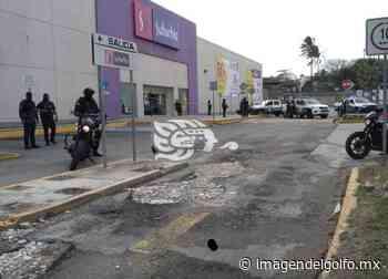 Homicidio en estacionamiento de centro comercial en Coatzacoalcos - Imagen del Golfo
