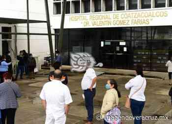 En Hospital de Coatzacoalcos, buscarán vacunar al personal no registrado - Imagen de Veracruz
